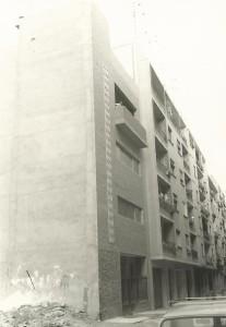 El edificio de la iglesia en 1973